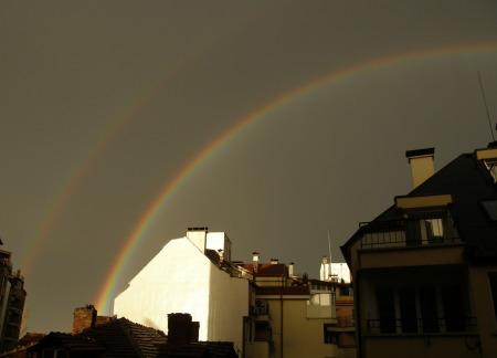 двойната дъга над София