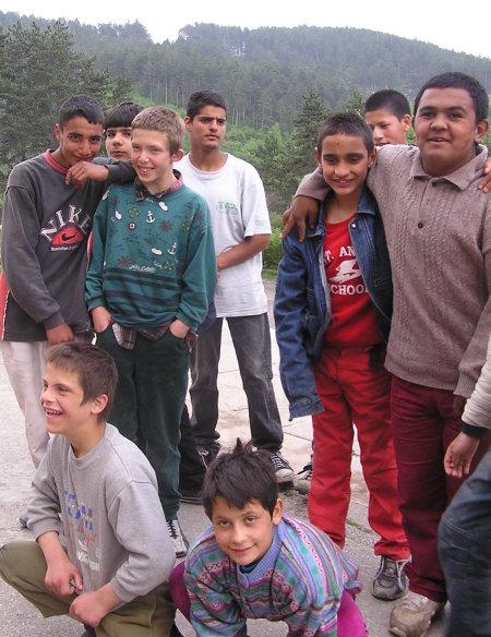 момчетата от дома в Трън - 2005 г.