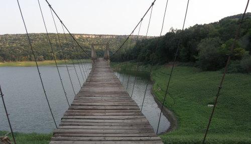 язовир Негованка - мостът